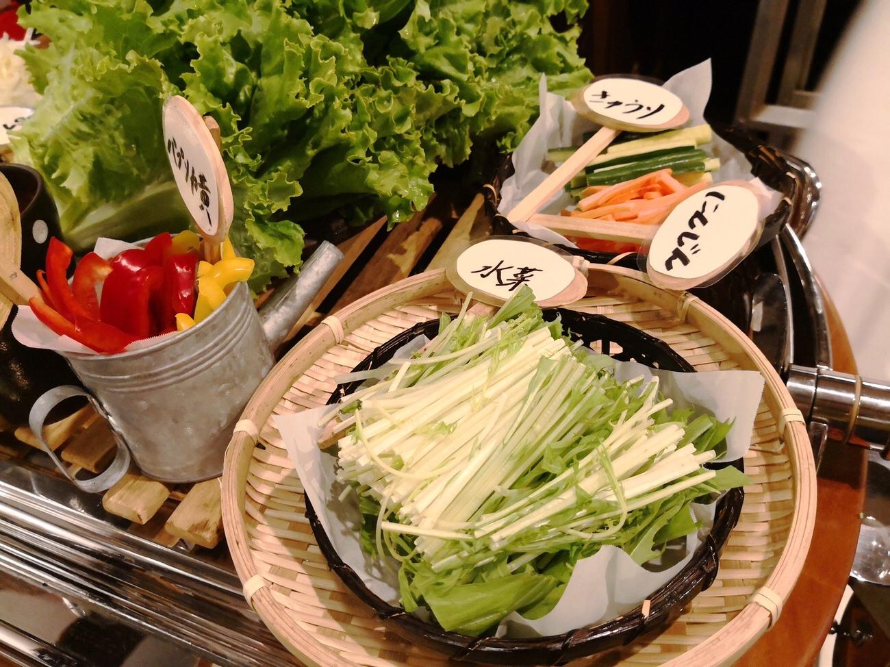 豚組しゃぶ庵 六本木 食べ放題の野菜