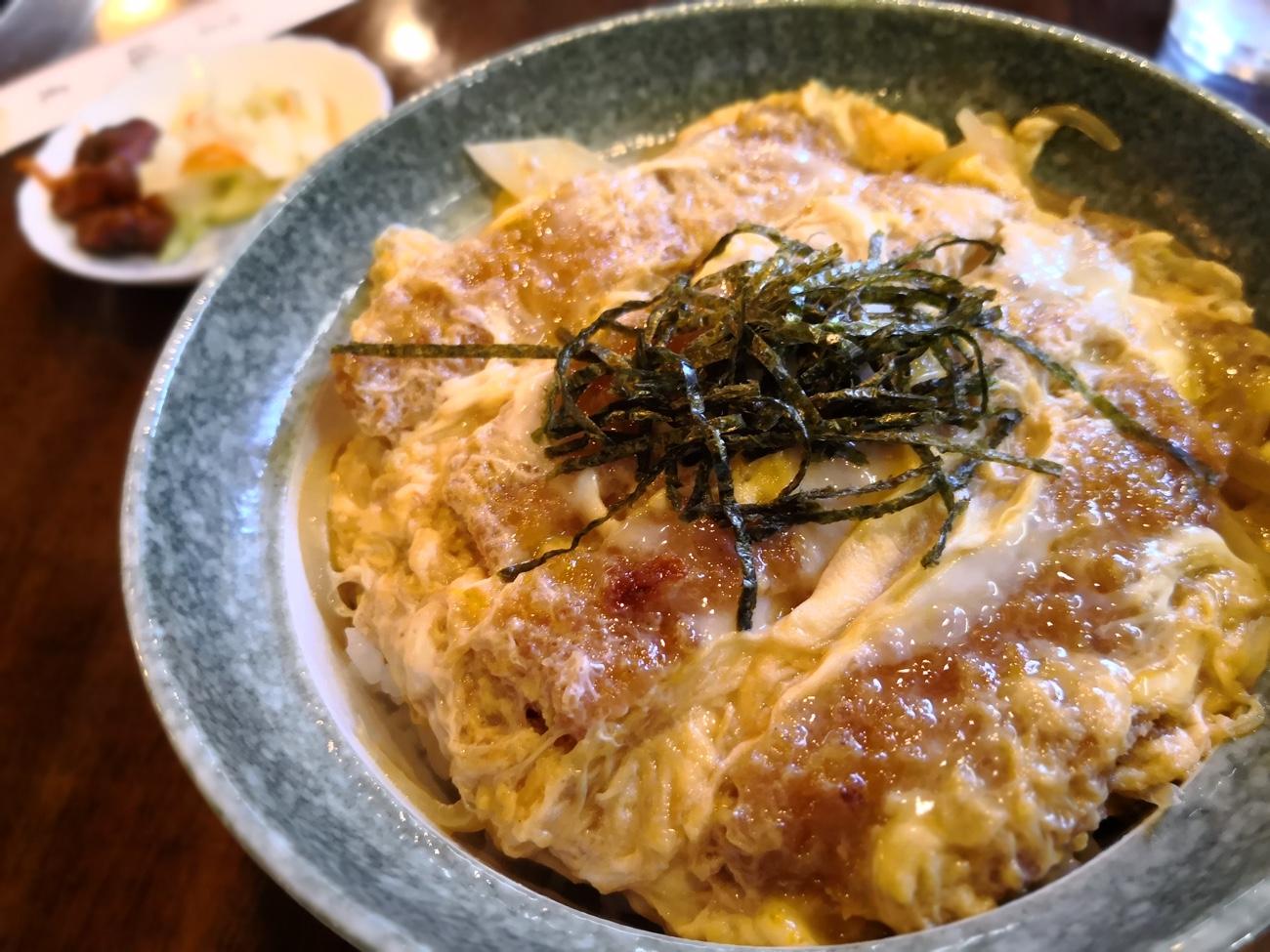 江ノ島「鶴屋」のかつ丼