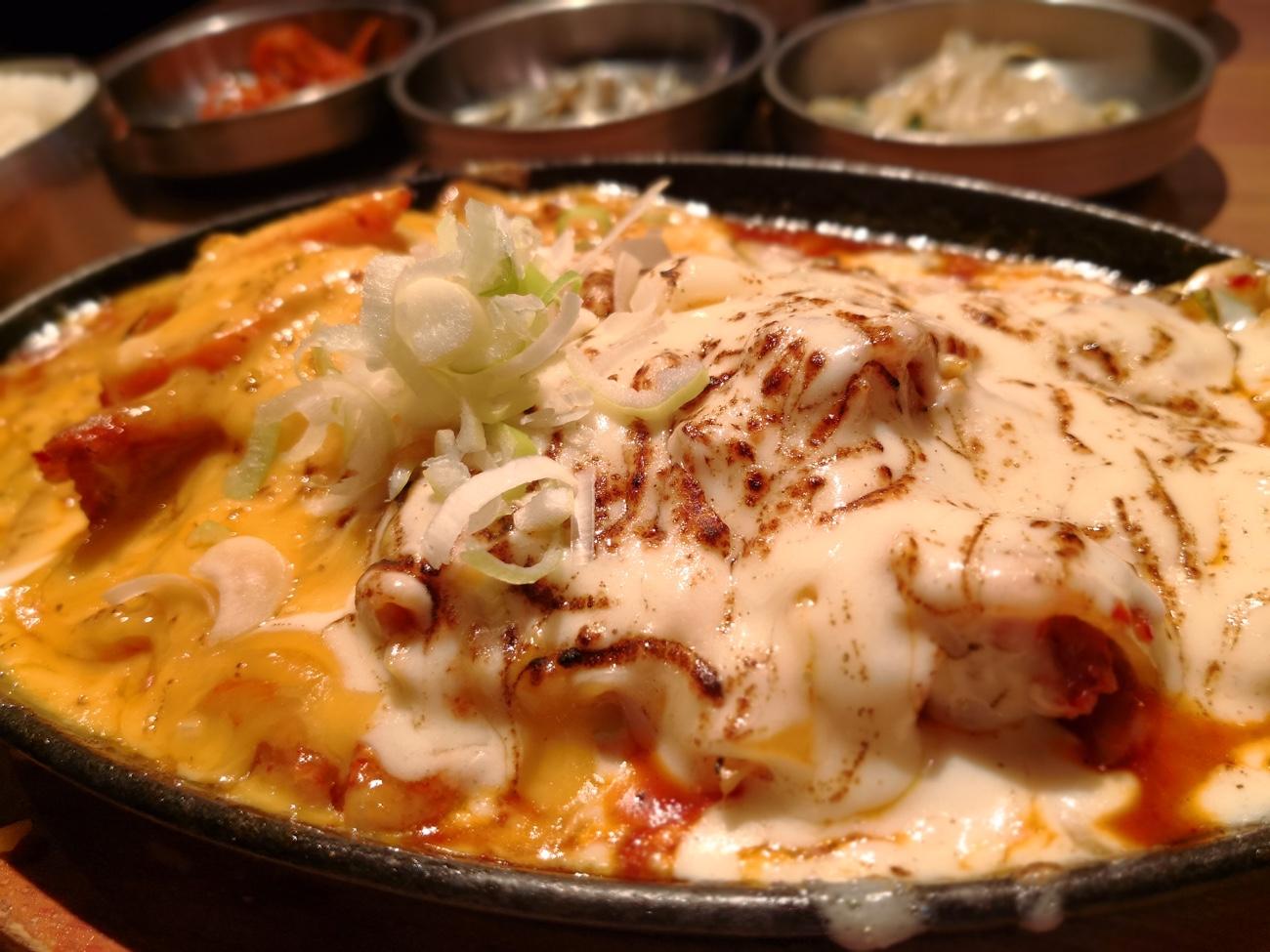 チーズタッカルビの豚版 赤坂美豚のランチ