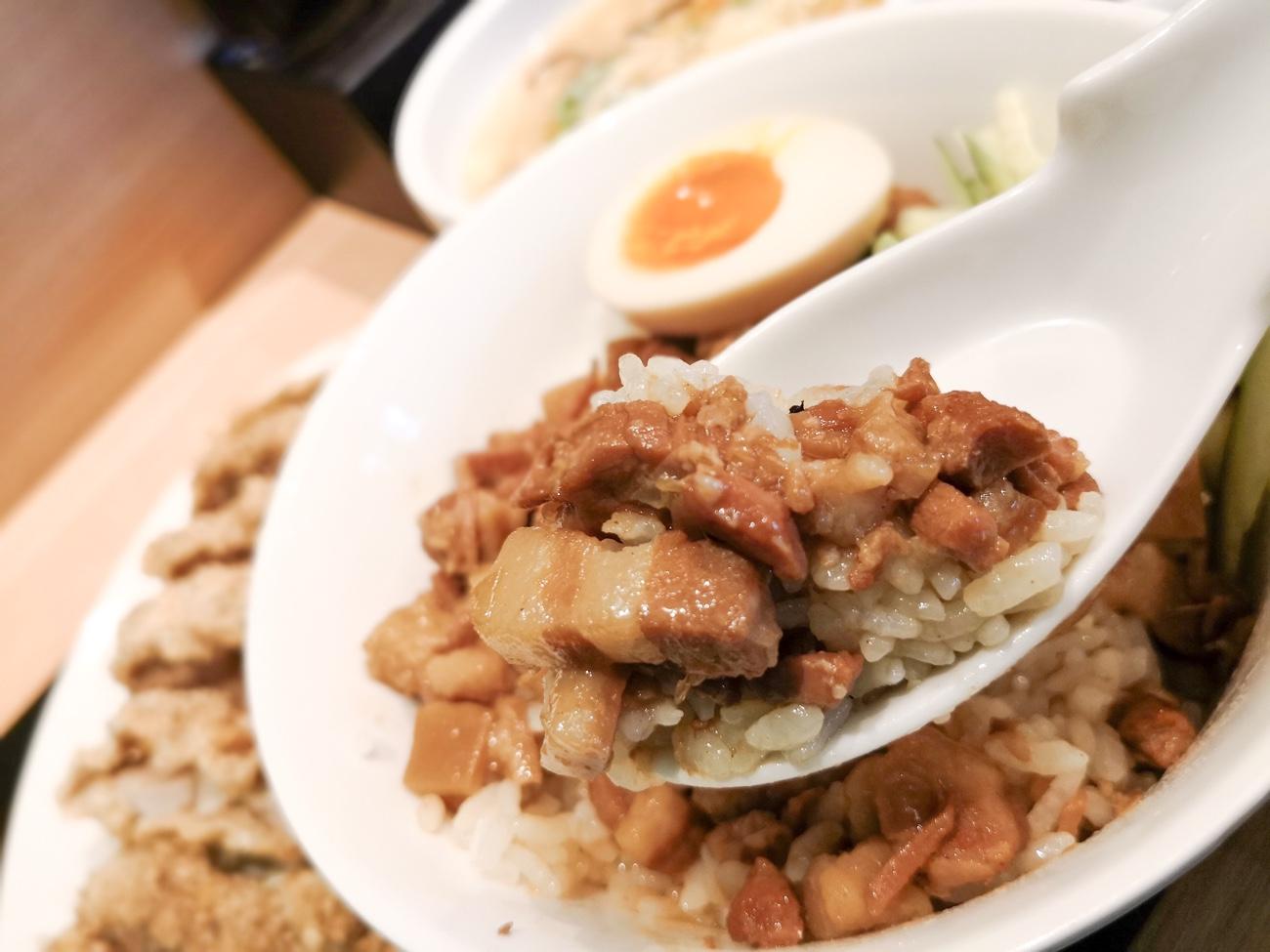 ルーロー飯(魯肉飯)神田まち