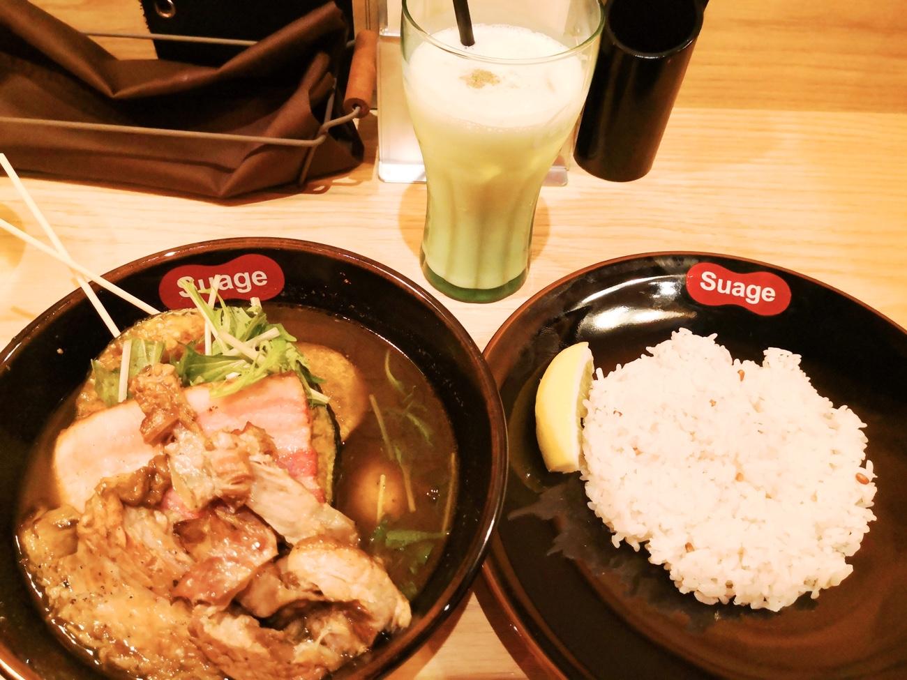 ラベンダーポークの炙り角煮カレー 札幌スープカレーSuageすあげ 東京 渋谷 行列