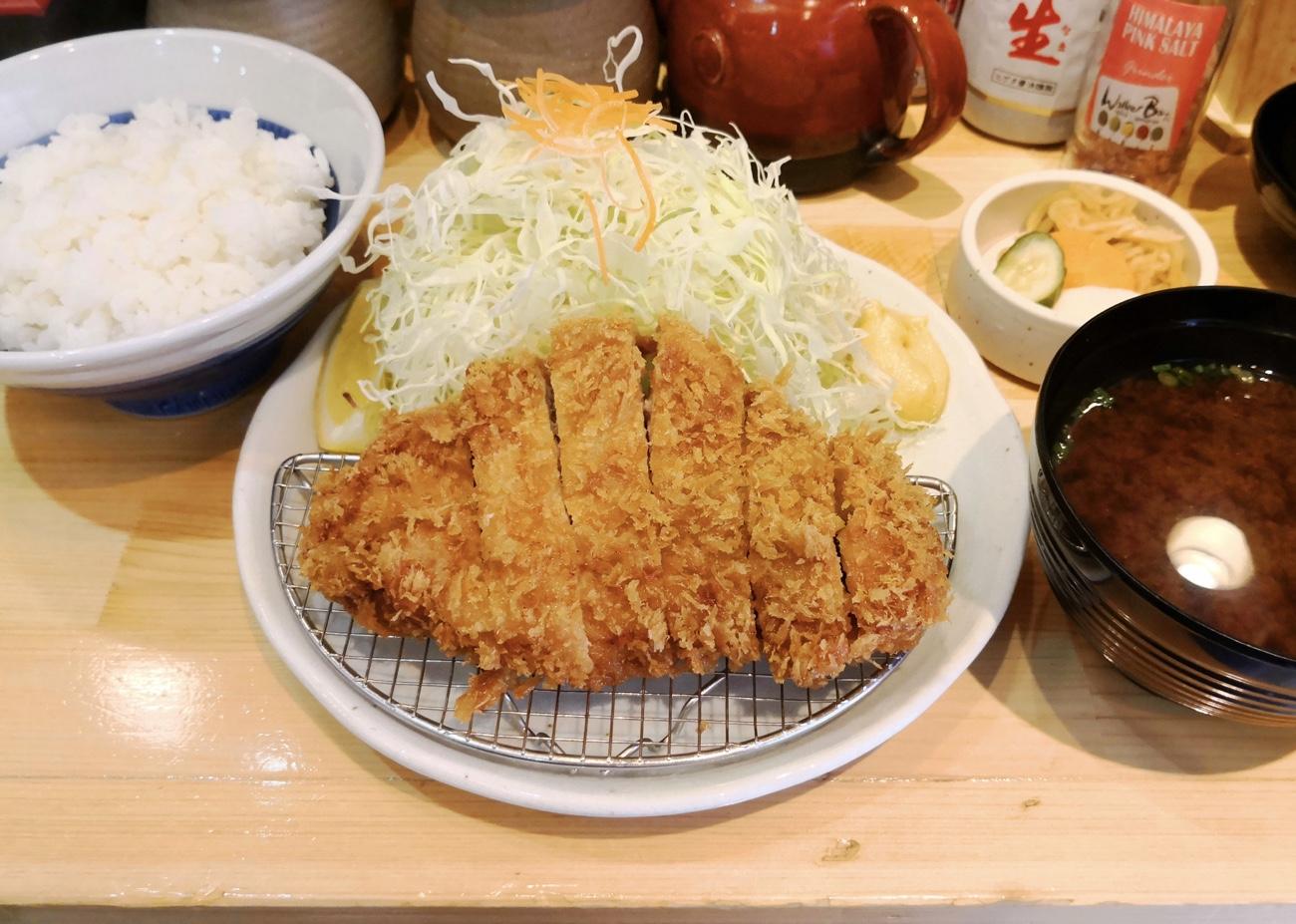 上ロースかつ定食 銀座かつヰチ(かついち)