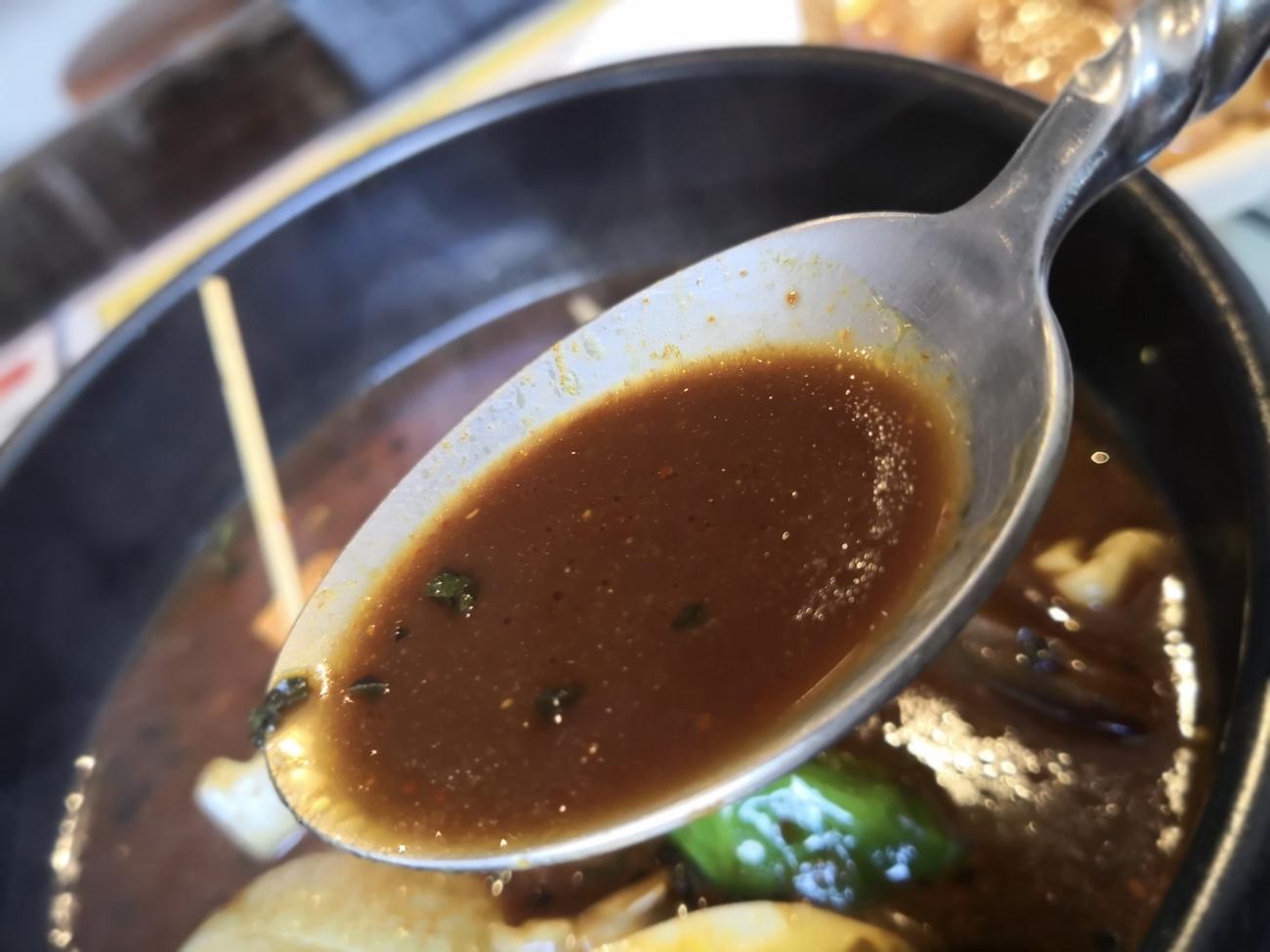 スープカレードミニカのスープアップ