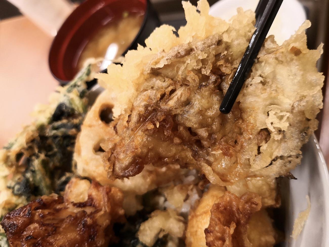 まいたけの天ぷら てんや豚角煮天丼