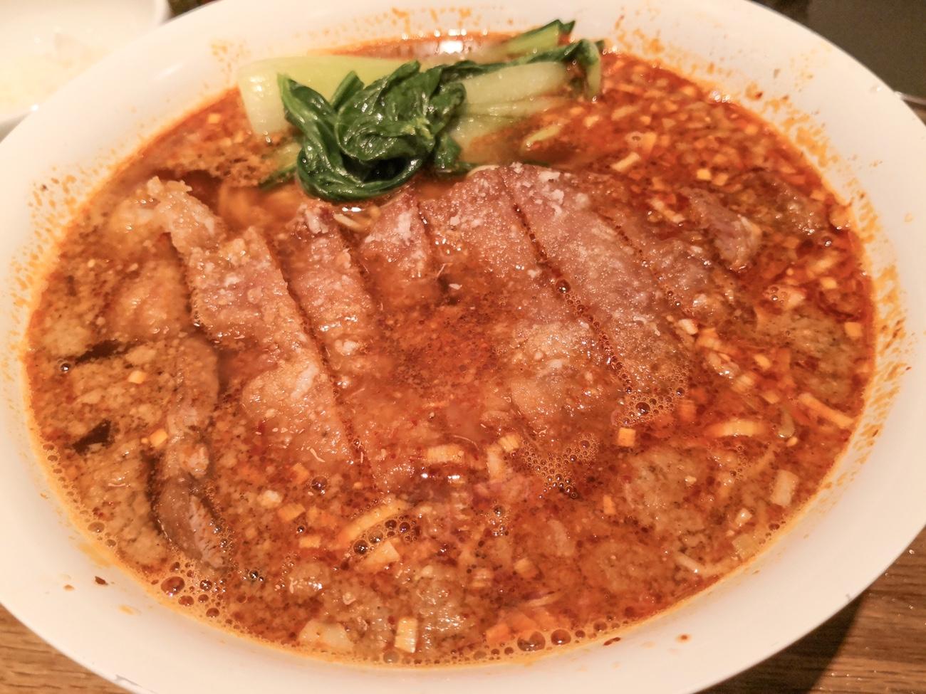 亜寿加のままのれんげのごとくの排骨担々麺